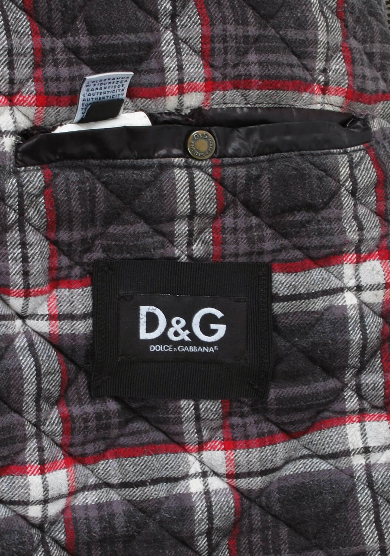 Dolce-Gabbana-vyriska-striuke-6.jpg