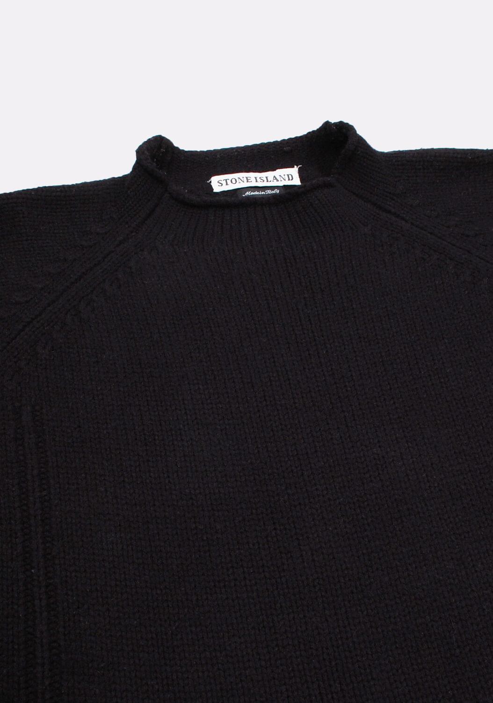 stone-island-juodas-megztinis-2.png.jpg
