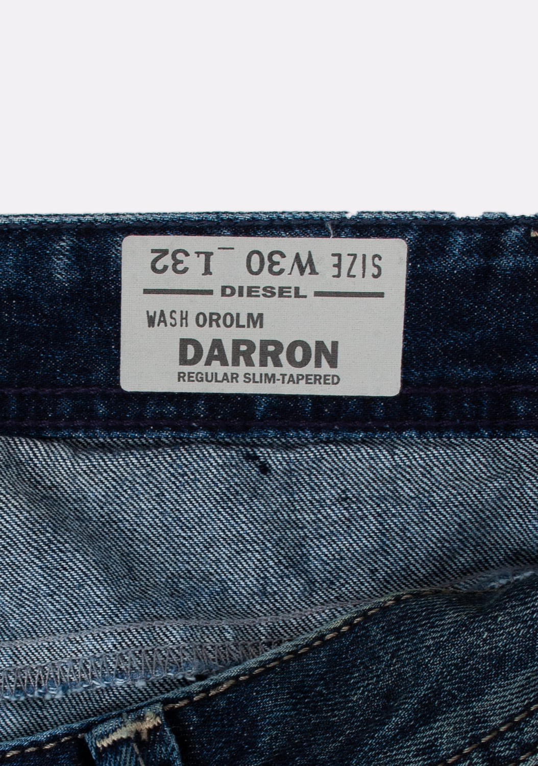 Diesel-Darron-OROLM-Regular-Slim-Tapered-melyni-dzinsai-dydis-30-32 (7)